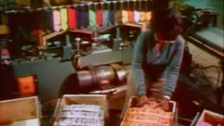 Sesame Street: How Crayons Are Made