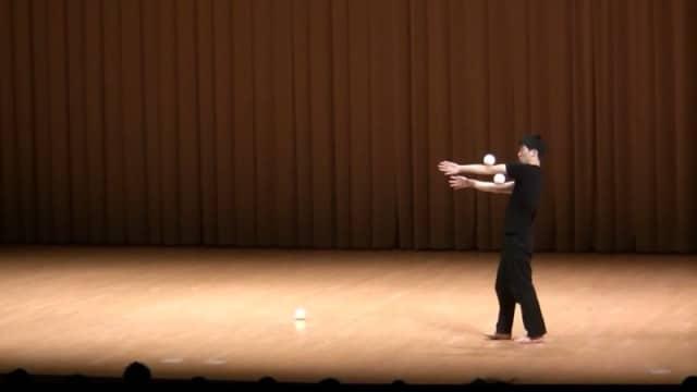 Japanese Juggling Festival 2012: Yanazo's winning performance
