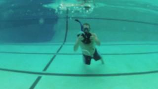 Make an underwater vortex ring generator