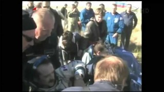 Expedition 34/35's return to Earth from the ISS