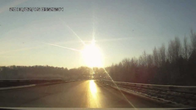 Meteorite Over Chelyabinsk, Russia Caught on a Dash Cam