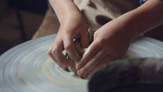 Pottery lesson at Horseshoe Mountain Pottery –Olive Us