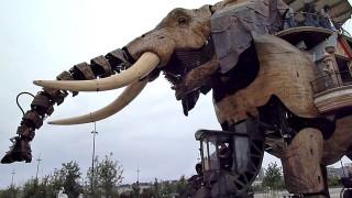 Le grandéléphant des Machines de l'île à Nantes