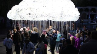 CLOUD: An Interactive Sculpture Made from 6,000 Light Bulbs