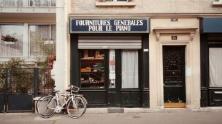 La Mer de Pianos: A film about the oldest piano shop in Paris