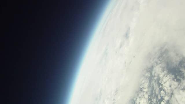 Homemade Spacecraft / Space Balloon