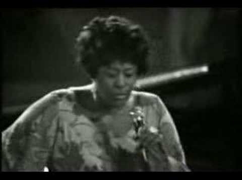Ella Fitzgerald scat singing One Note Samba (1969)