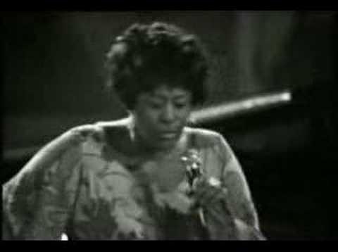 Ella Fitzgerald scat singing One Note Samba (1969)