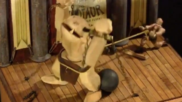 Mekanikos vs. The Minotaur, a charming wooden machine