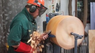 Making a wooden lampshade from a tree stump