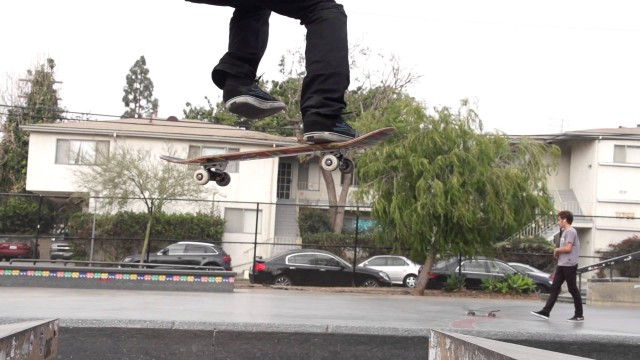 Skateboard tricks in slow motion