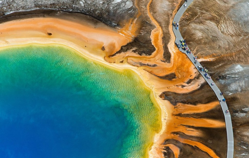 grand-prismatic-spring-yellowstone-3.jpg__1072x0_q85_upscale