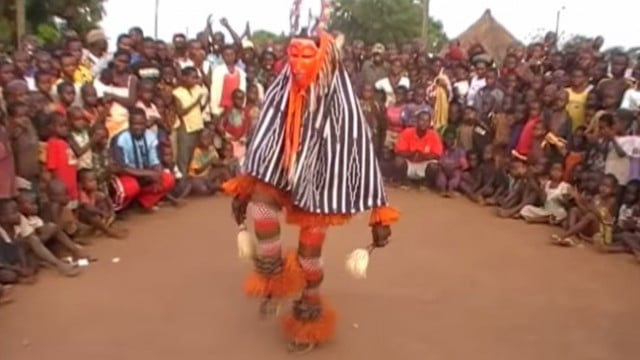 Zaouli de Manfla: The Zaouli dance of the Ivory Coast, West Africa