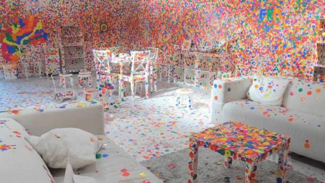 TateShots: Yayoi Kusama's Obliteration Room