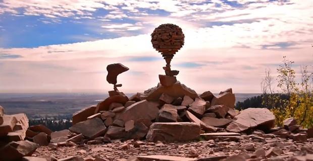 michael-grab-rock-balancing-sculptures02