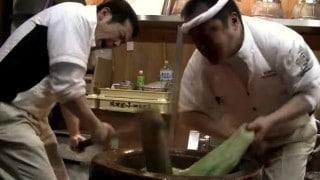 Daifuku Mochi: Making Japanese rice cakes at Nakatani-dou