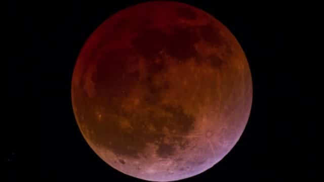 Lunar eclipse – Time lapse and real time videos