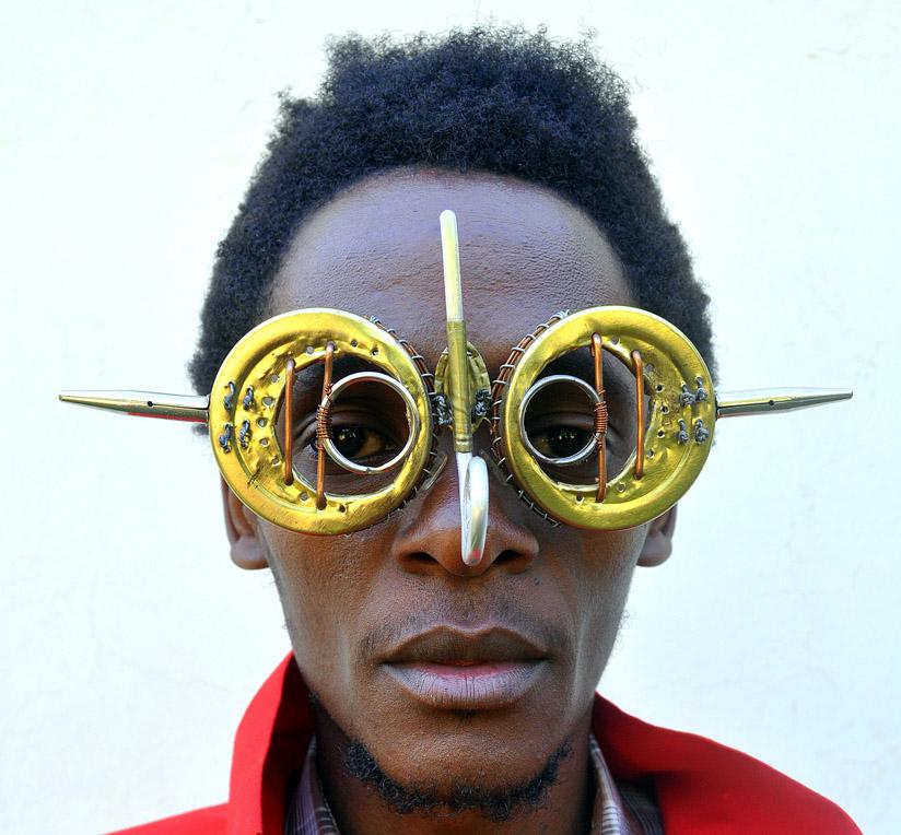 cyrus_kabiru_eyeglasses1
