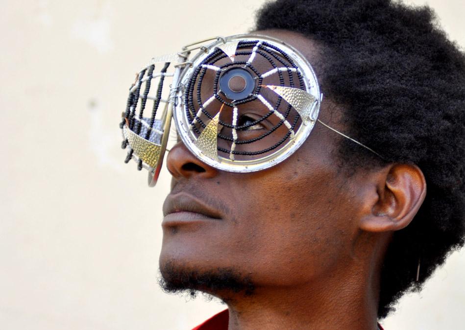 cyrus_kabiru_eyeglasses2