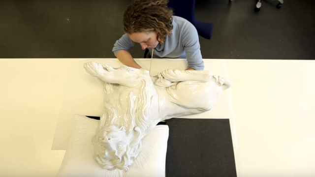Repairing a Meissen Lion + King Augustus the Strong's Menagerie