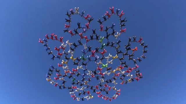 202 skydivers set a world record over Perris, California