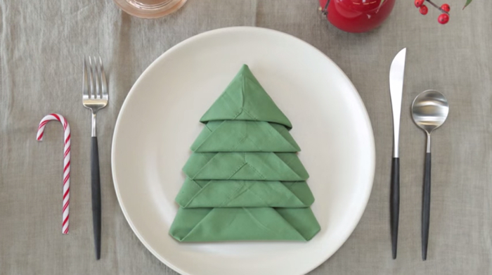 How To Fold A Christmas Tree Napkin Instructables The Kid Should