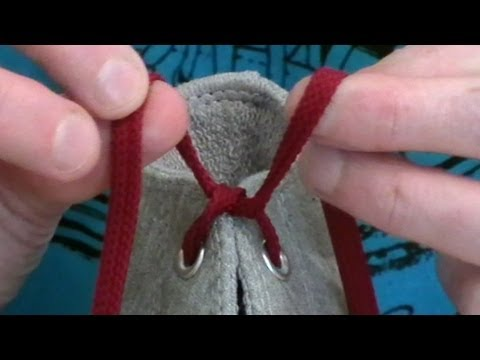 Professor Shoelace demonstrates the world's fastest shoelace knot