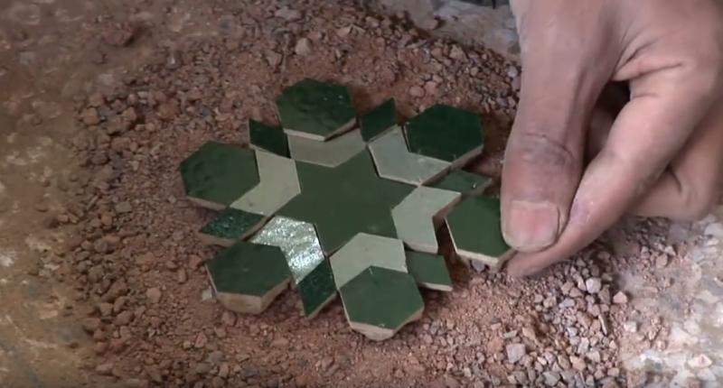 zellige-zillij-making-moroccan-terracotta-tiles01