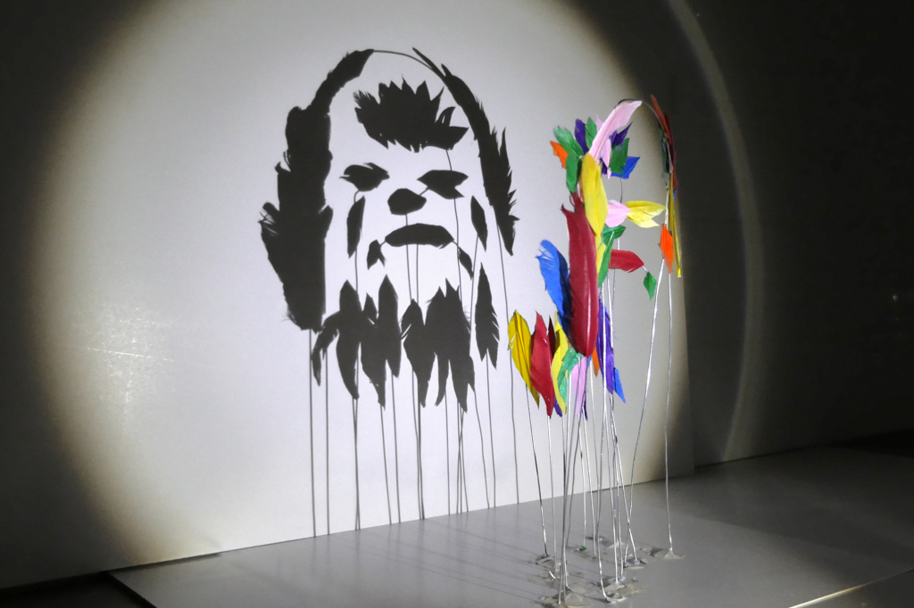 chewbacca-red-hong-yi-starwars-shadows