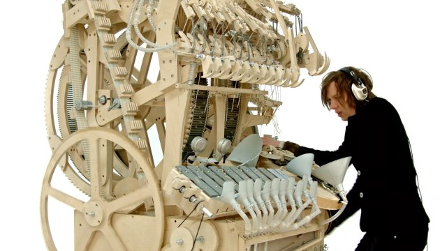 The Wintergatan Marble Machine, music made from 2,000 marbles