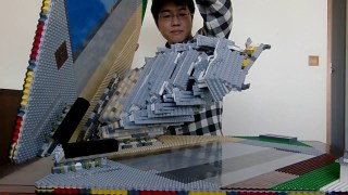 A pop-up Himeji Castle made with LEGO