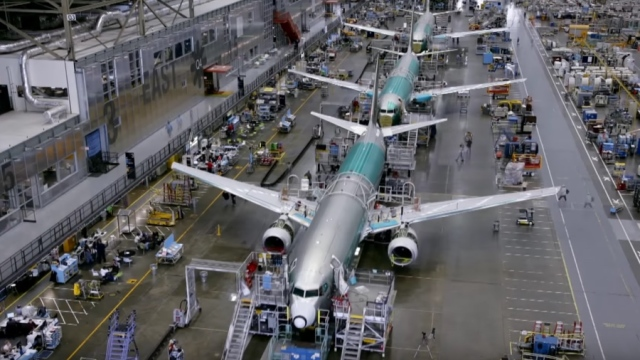 Building a 737 in just nine days