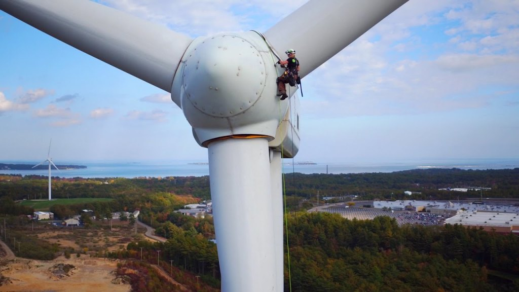 Climbing Wind Turbines For A Living The Kid Should See This