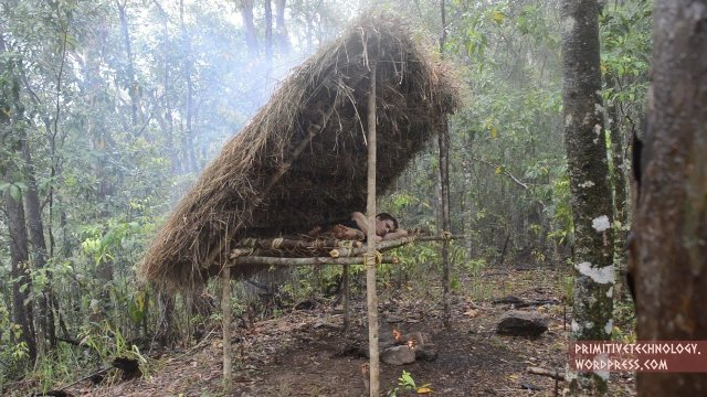 Building a 'bed shed' sleeping shelter – Primitive Technology