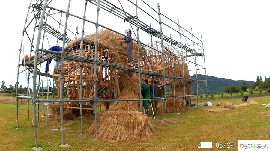 straw-art-wara-festival-japan02