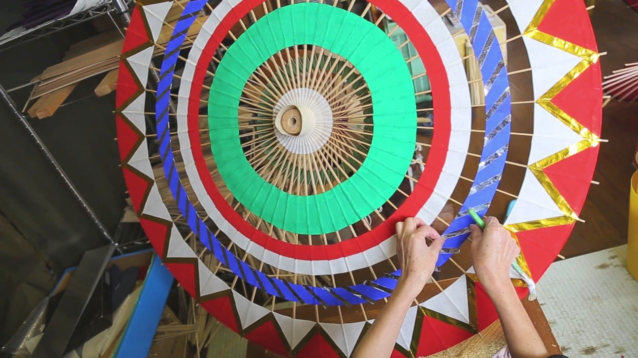 How Yodoe oil-paper umbrellas are crafted in Japan