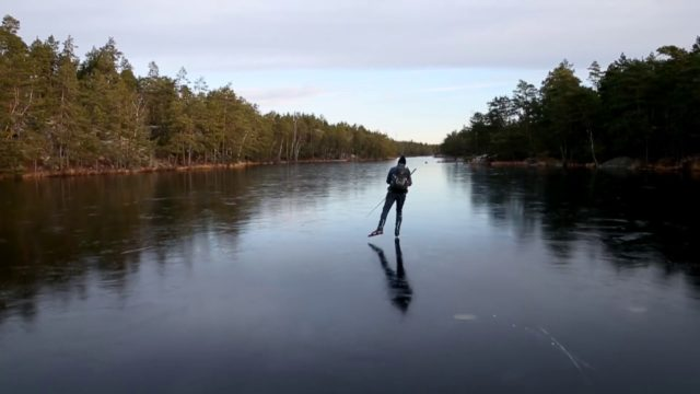 The Sound of Ice: Skating on thin black ice makes sci-fi movie laser sounds